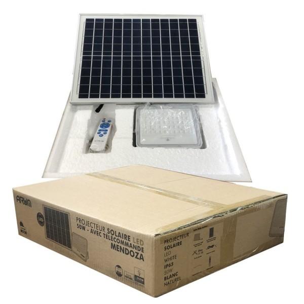 Projecteur Solaire MENDOZA 50W  LED avec son Panneau Solaire et Télécommande